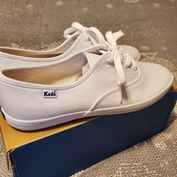 NIB Keds Champion 2K white sneakers 9.5